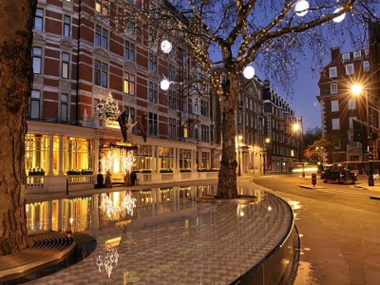 London area guides international residential properties for The mayfair