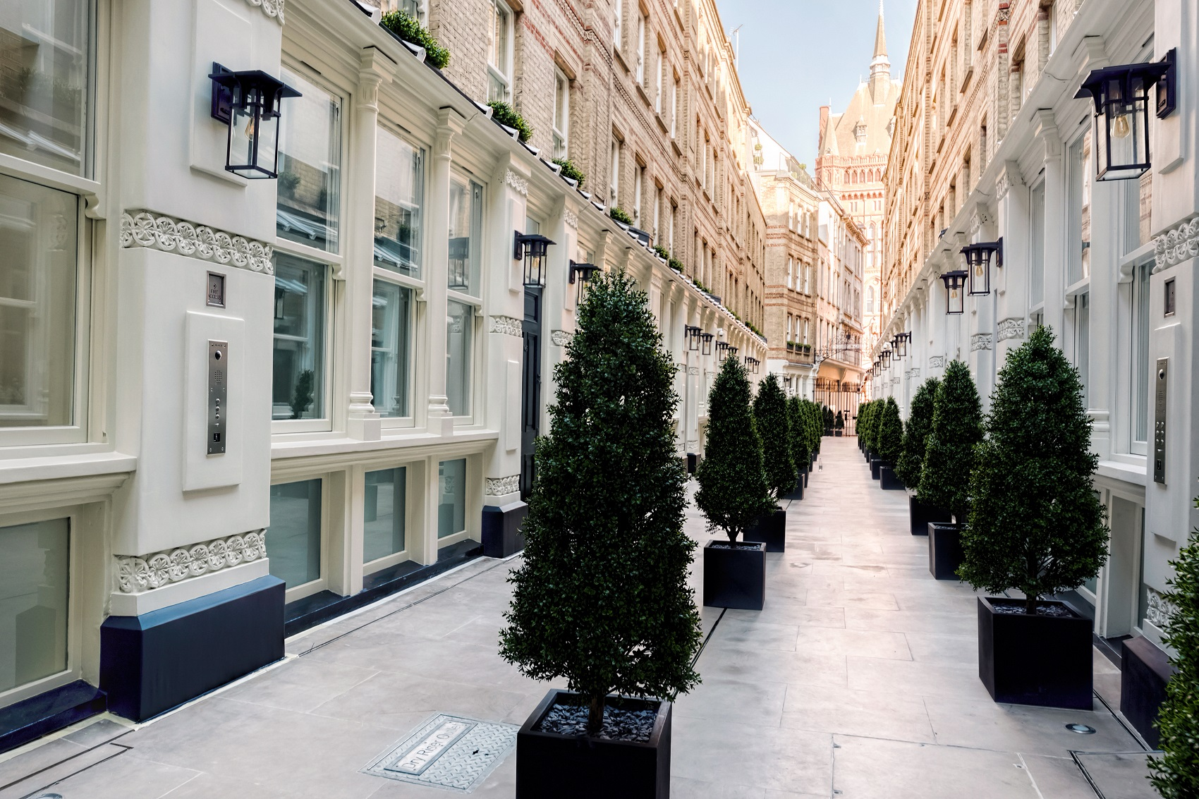 Stunning Row of Houses in the heart of London