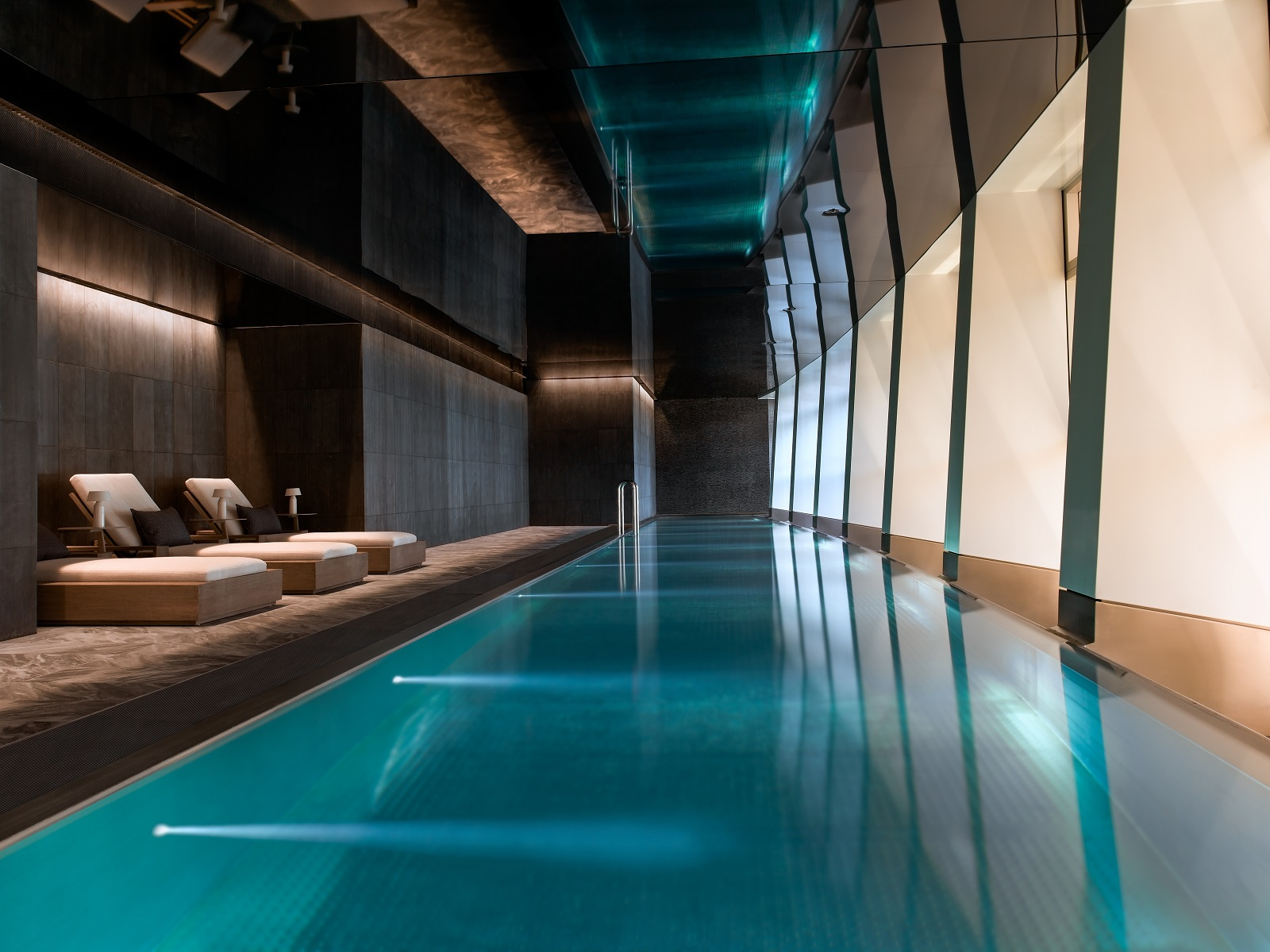 Pool in Centre Point with Windows New Development in London
