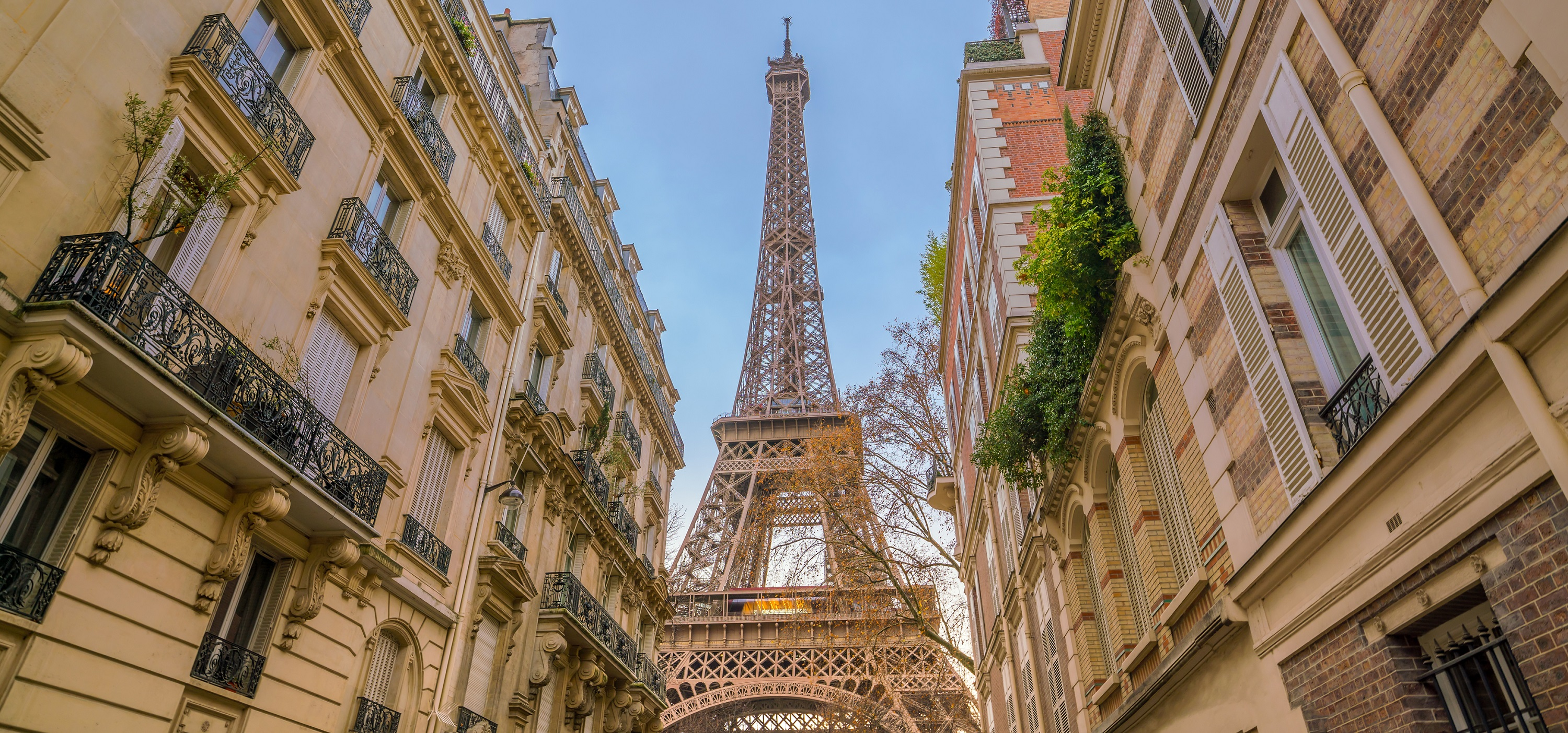 Paris | Global Living Report 2019 | CBRE
