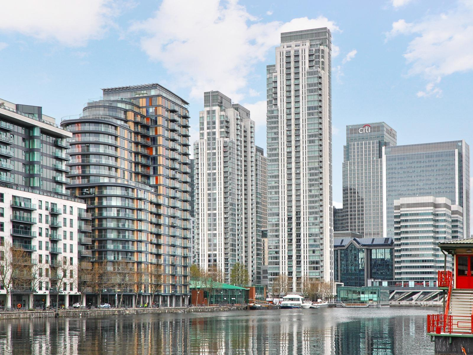 New Flats for Sale Docklands, London CBRE Residential ...