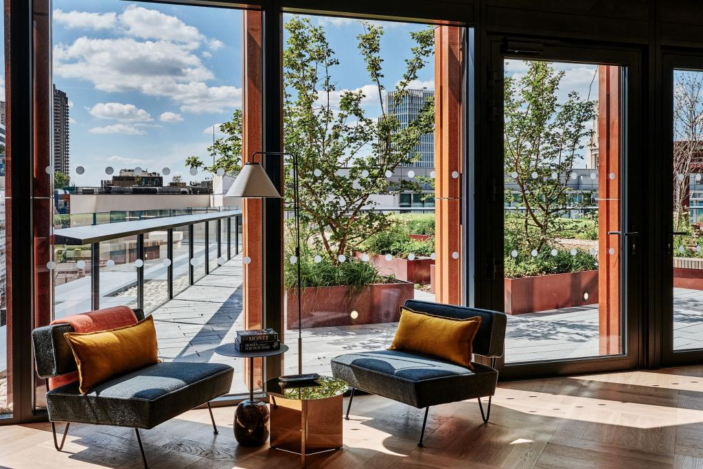 One Crown Place   Homes to Buy in London   CBRE Residential